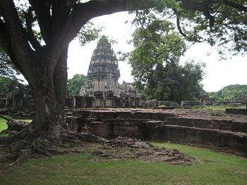 Voyage vers le passé en visitant les parcs historiques de Phimai et Phanom Rung