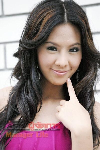 Chanyasorn Sakornchan repr  233 sente la Thailande pour Miss Univers 2011Chanyasorn Sakornchan